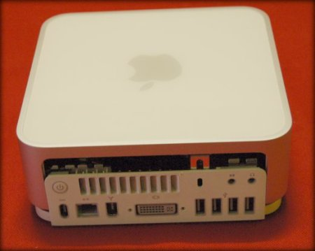 Mac Mini casi descuajeringado